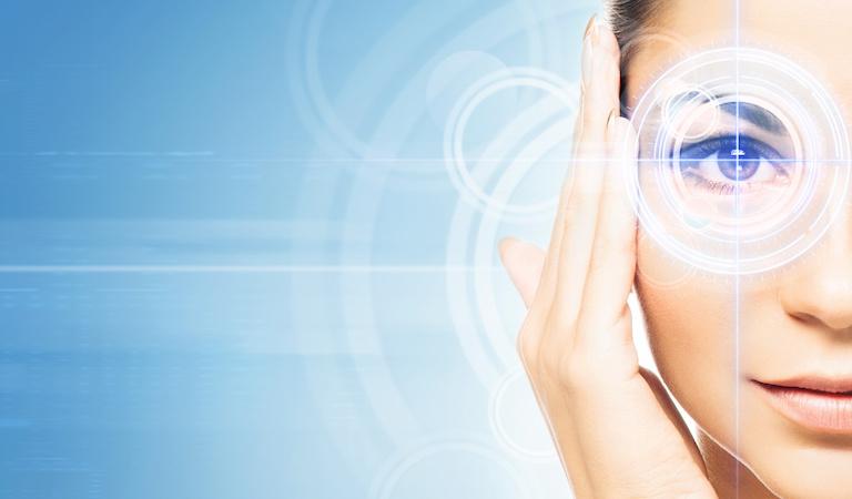 レーシックでの老眼治療がすごい!その仕組と費用は?